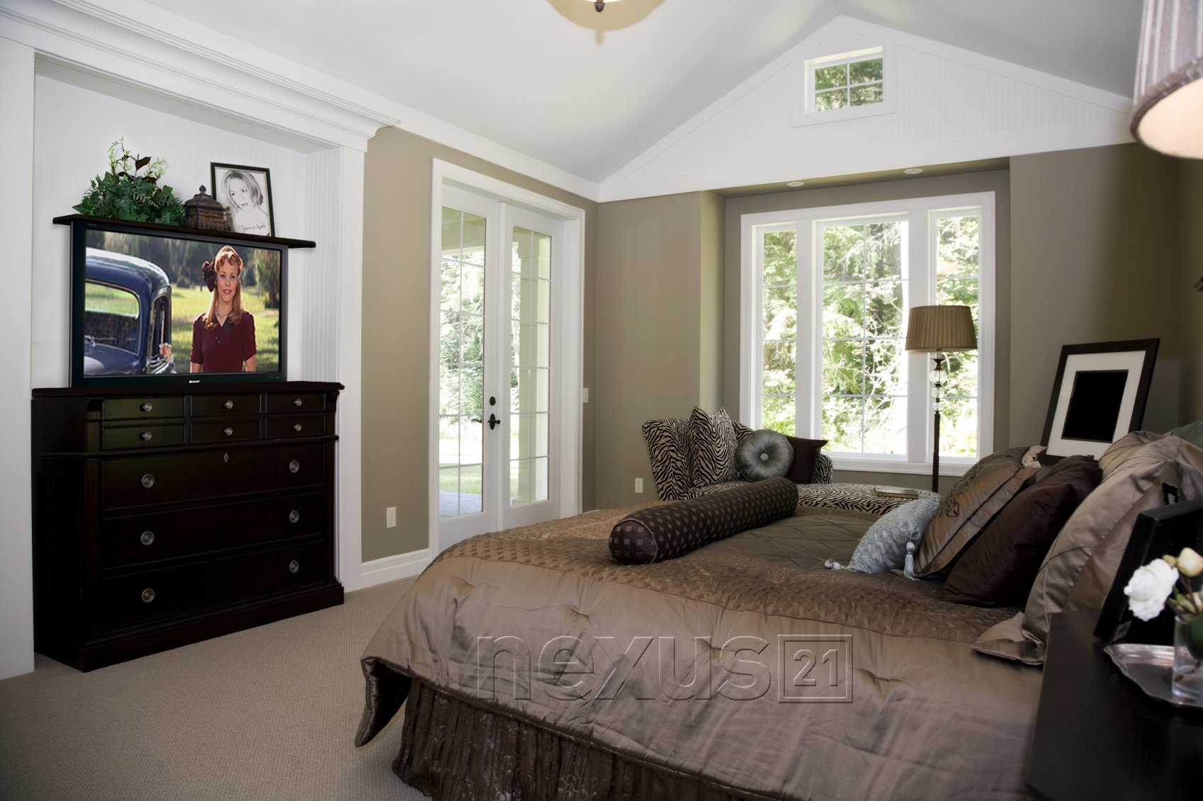 Top 3 places to hide a tv lift in the bedroom nexus 21 Ideas to decorate master bedroom dresser