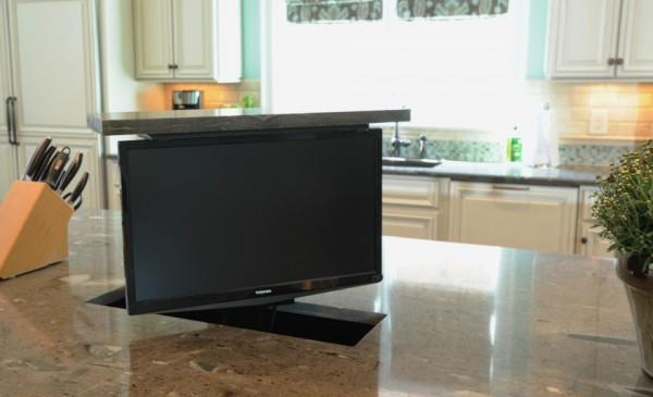 TV Lift Brian Benda