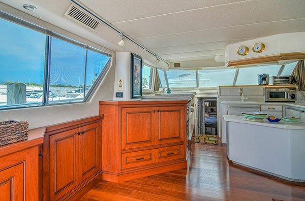 Hidden-TV-on-Yacht