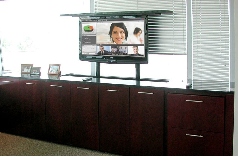 What Kinds of Businesses can Benefit from a TV Lift?