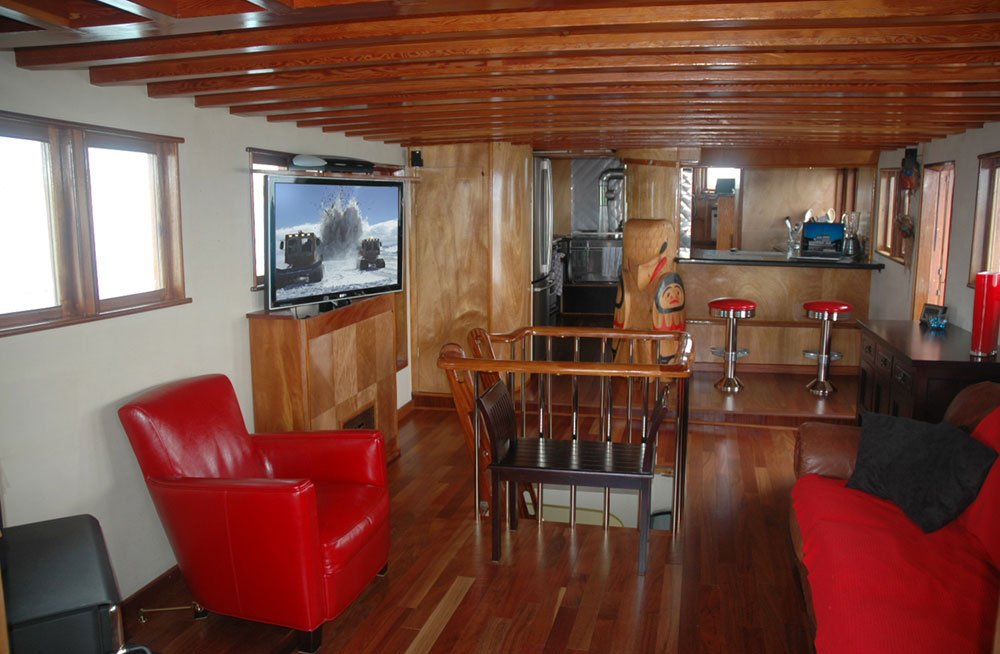 Restored Boat with TV Lift