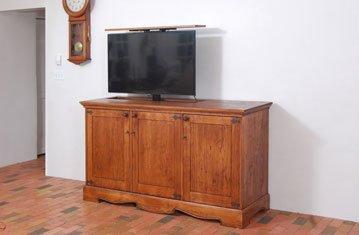 Cabinetmaker Creates Beautiful TV Lift Cabinet