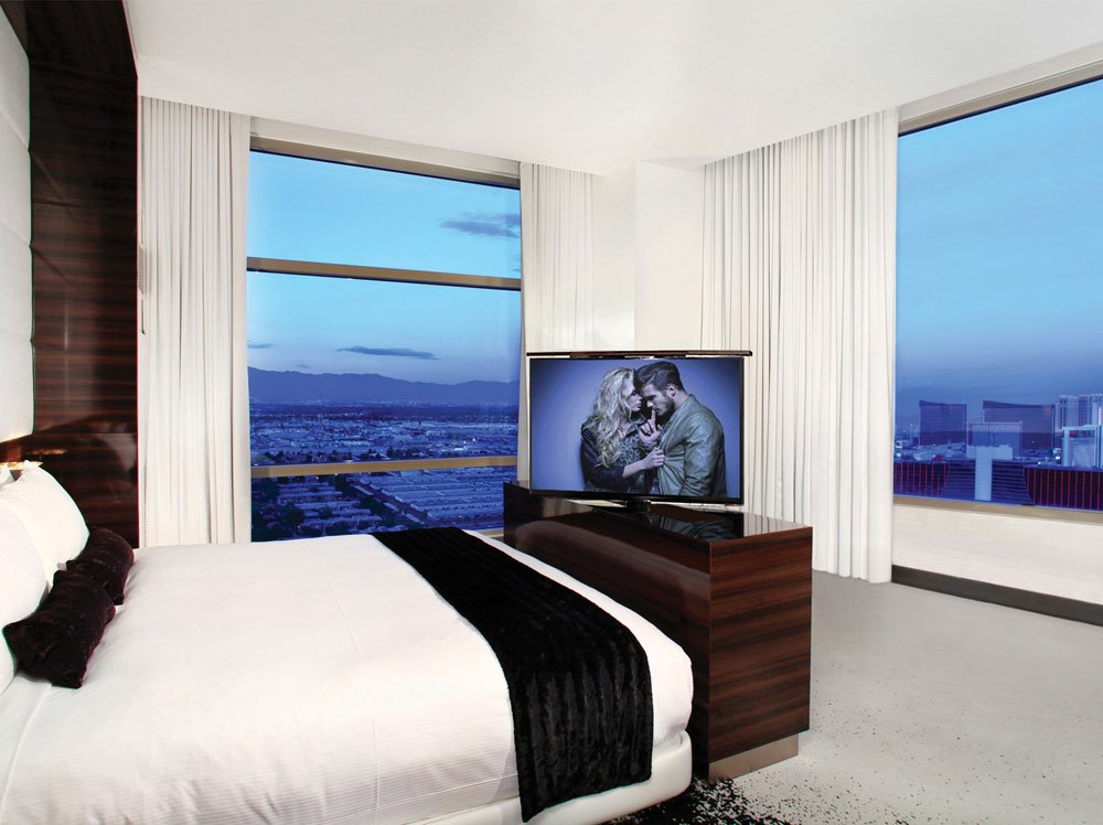 Palms Hotel TV Lift